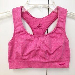 Pretty Champion heathered pink sports bra! 💐.